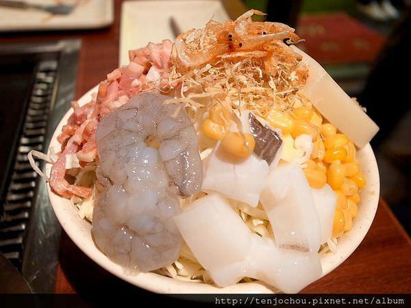 【台北食記】月島文字燒 好吃又好玩的平價餐廳 東區聚餐美食推薦