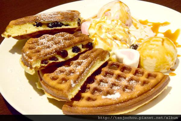 【台北食記】342巷cafe 使用哈根達斯冰淇淋!超好吃珍珠奶茶鬆餅 信義區特色餐廳
