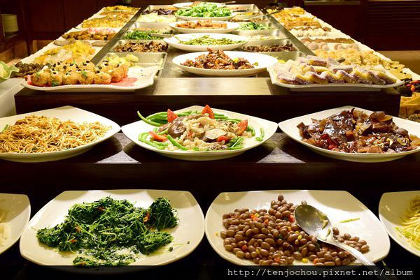 【台北食記】明德素食園 buffet吃到飽免400元!全品項隨你吃真得超划算