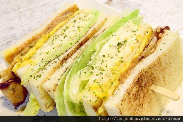 【台北食記】就是要吃早餐 手作碳烤總匯三明治 早午餐Brunch推薦 板橋江子翠必吃美食推薦