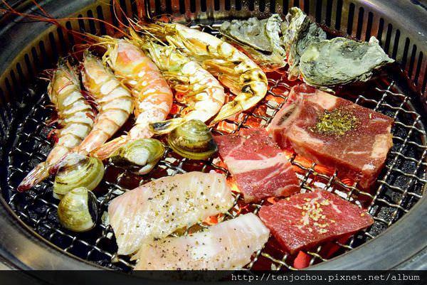 【台北食記】帝王級霸王蝦、澎湖生蠔、戰斧牛排吃到飽!好客酒吧燒烤 東區聚餐推薦