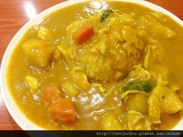 【台北食記】內湖科學園區-鼎吉豐越南麵食館 咖哩飯怎麼可以這麼好吃