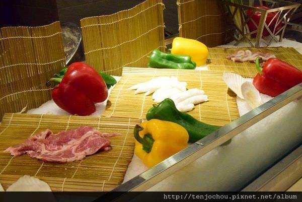 漢來海港餐廳吃到飽-鐵板燒006.JPG