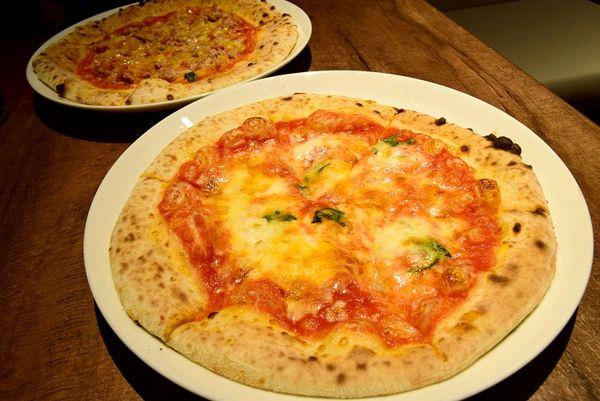 【台北食記】napoli's pizza & caffe只要119元起!日本人氣連鎖披薩台灣一號店