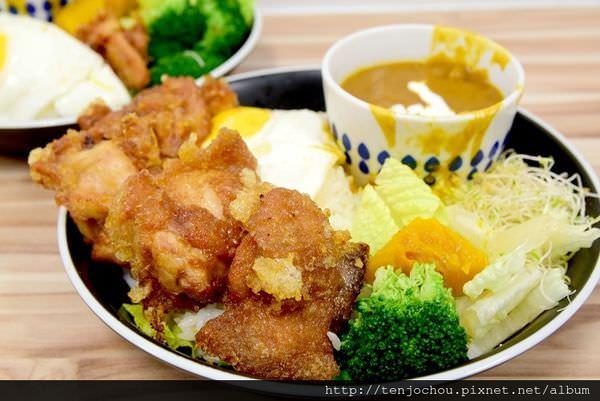 【台北食記】十巷咖哩 只要80元起!免費加飯加醬吃到飽!台北好吃咖哩飯推薦