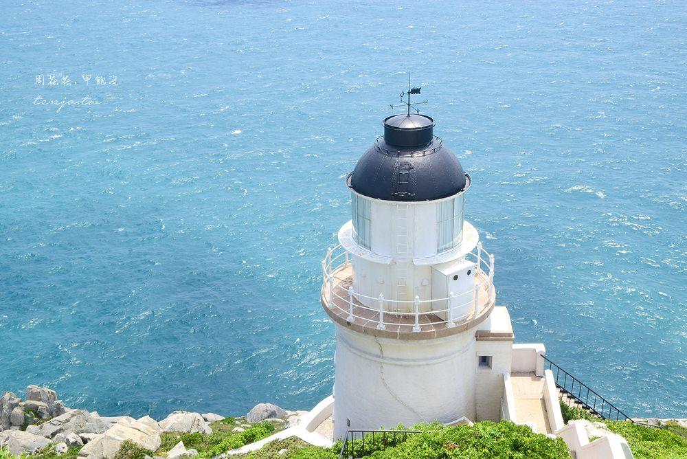 【馬祖遊記】東引島燈塔(東湧燈塔) 國境之北絕美海景,台灣最北端的白色浪漫