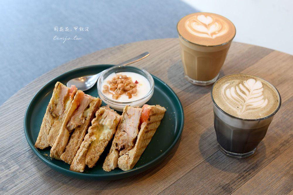 【天母芝山咖啡店】Caffe'Rue路口加啡 平價帕里尼、蝴蝶冷麵、甜點下午茶