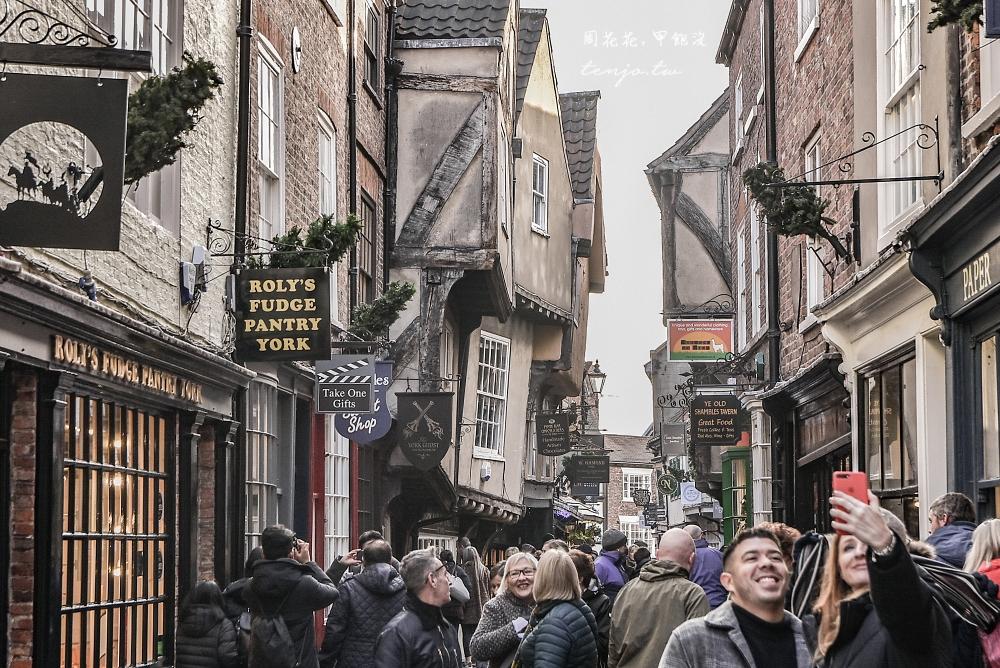 【英國約克景點】肉鋪街 哈利波特斜角巷原形場景!歪七扭八怪房子下有著一段血腥歷史