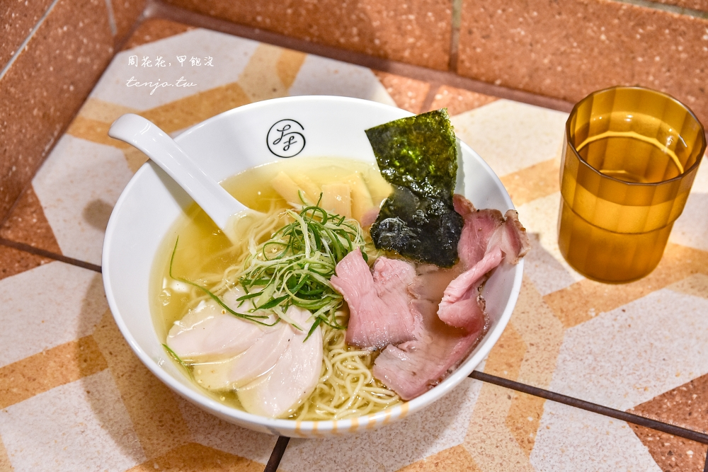 【新竹美食推薦】大角拉麵 隱身東門市場內美味雞湯柚香拉麵!醬油湯頭也蠻好吃的