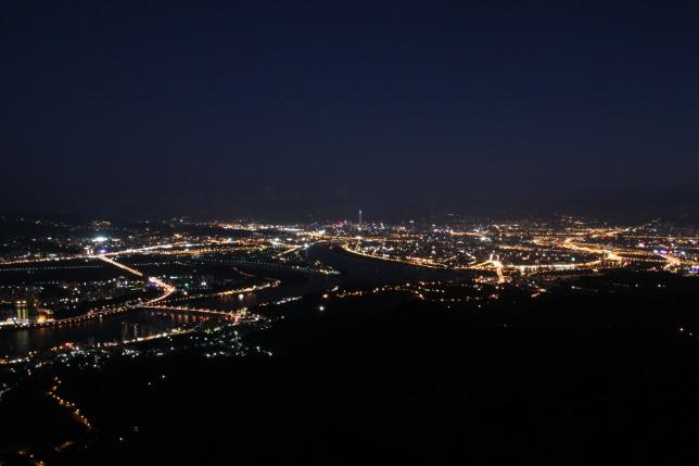 觀音山夜景